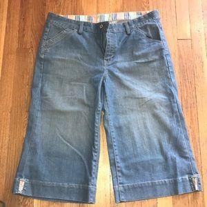 Gap Vintage style wide leg Capris